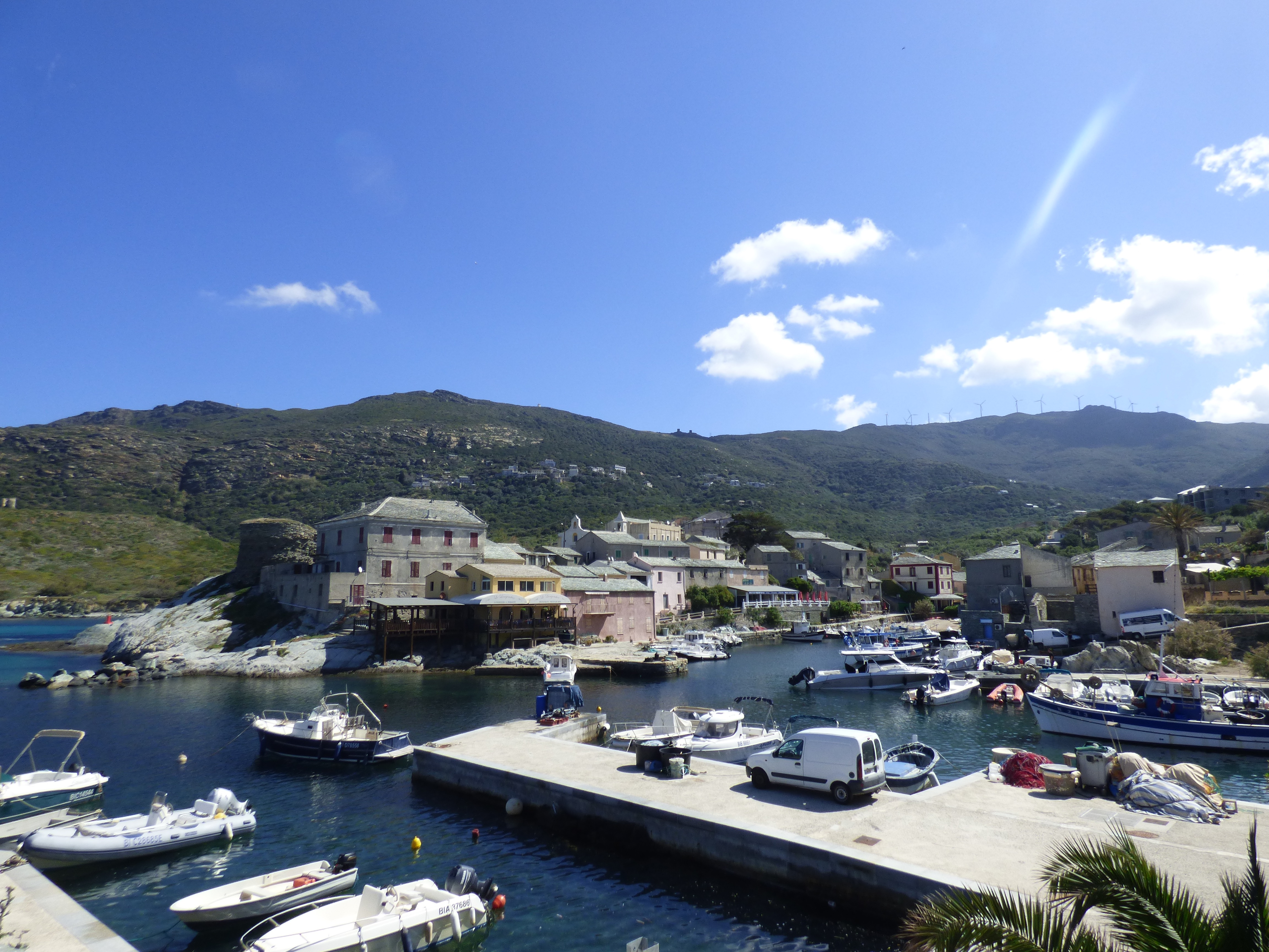 Locapcorse - Holiday rentals in Northern Corsica The picturesque port of Centuri (Northern Corsica)