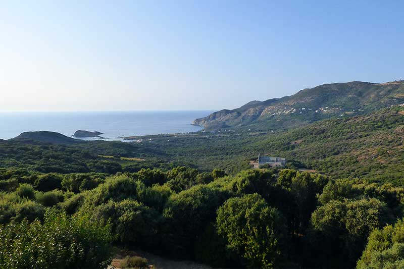 Authentic apartment in a house of the sixteenth century quiet, with beautiful views of the sea and Cap Corse par Locations Cap Corse