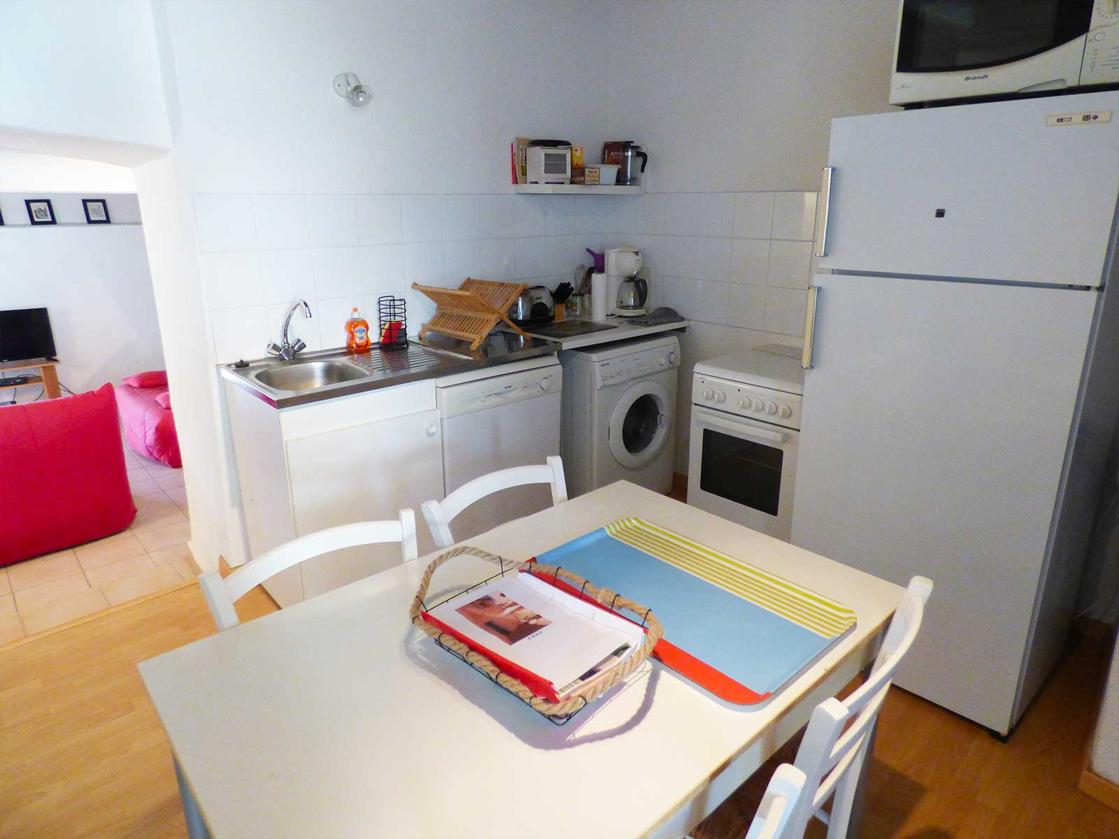 Locations Cap Corse - Fully equipped and functional kitchen