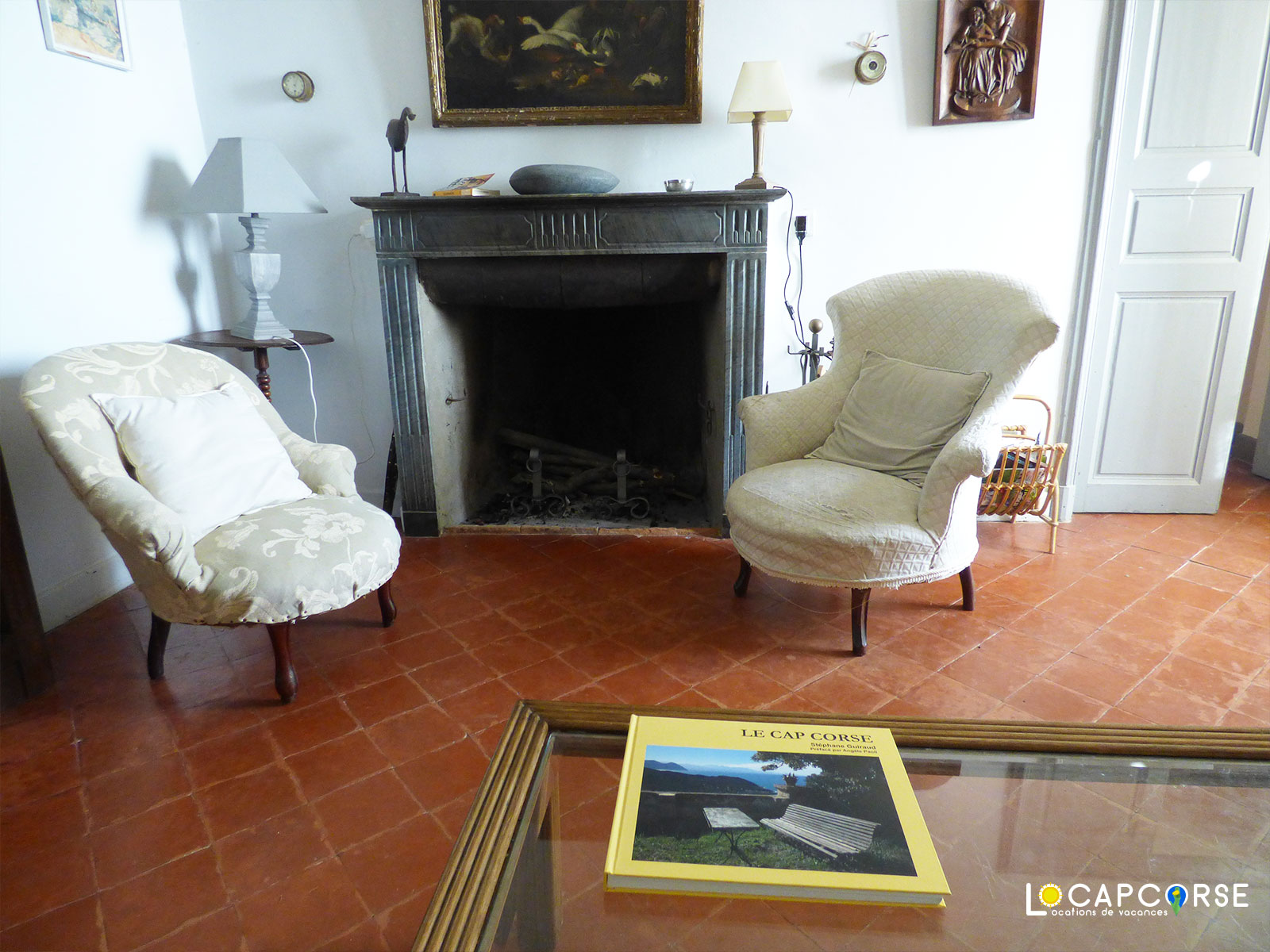 Locations Cap Corse - Another view of the living room