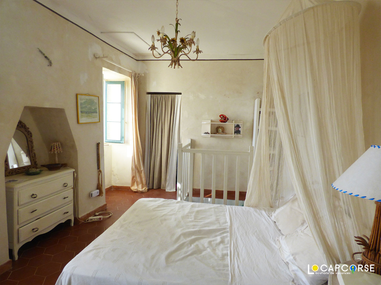 Locations Cap Corse - Another view of the bedroom of the little house
