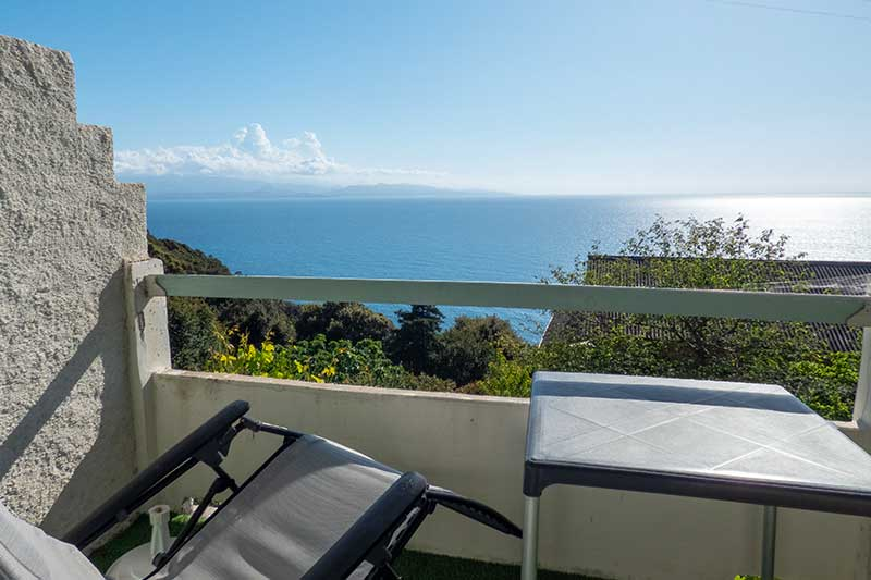 Apartment with sea view in Canari near Albo beach