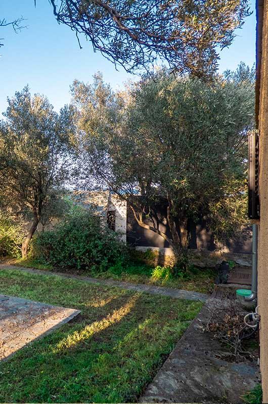 Ferienhaus mit Garten und in der Nähe des Meeres in Barcaggio in Cap Corse par Locations Cap Corse