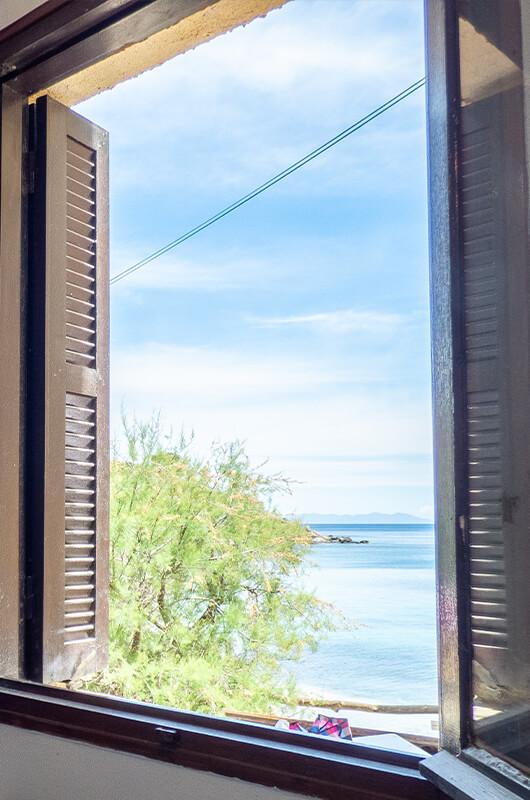 Fronte mare, casa con 2 camere da letto, climatizzata e molto confortevole con vista mare par Locations Cap Corse