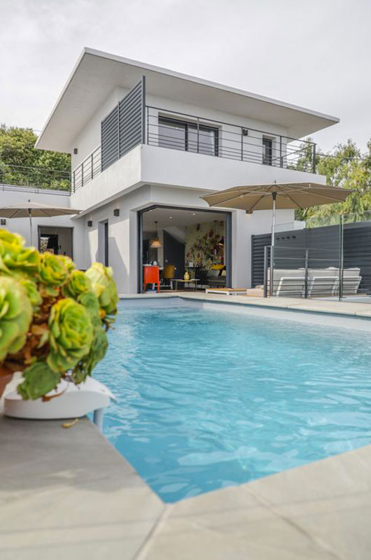 Modern and new villa (opening August 2019) with pool and sea view