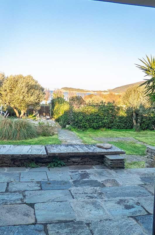 At the tip of Cap Corse, spacious villa, close and sea view, with garden par Locations Cap Corse