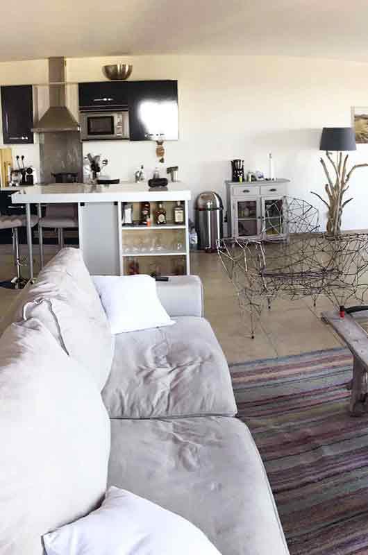 Maison moderne très agréable, de 110m2 avec terrasse, vue mer et maquis, à 5 mn de la plage