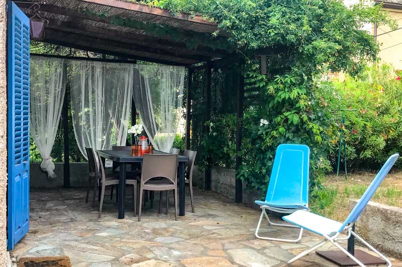 Near the village port, quiet house, warm and air conditioned, with terrace and garden par Locations Cap Corse
