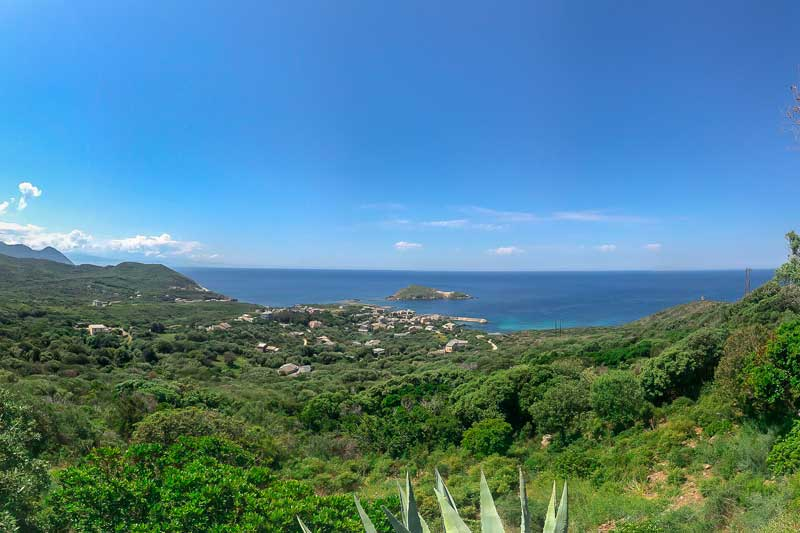 House in the bush with amazing sea views in an exceptional site par Locations Cap Corse