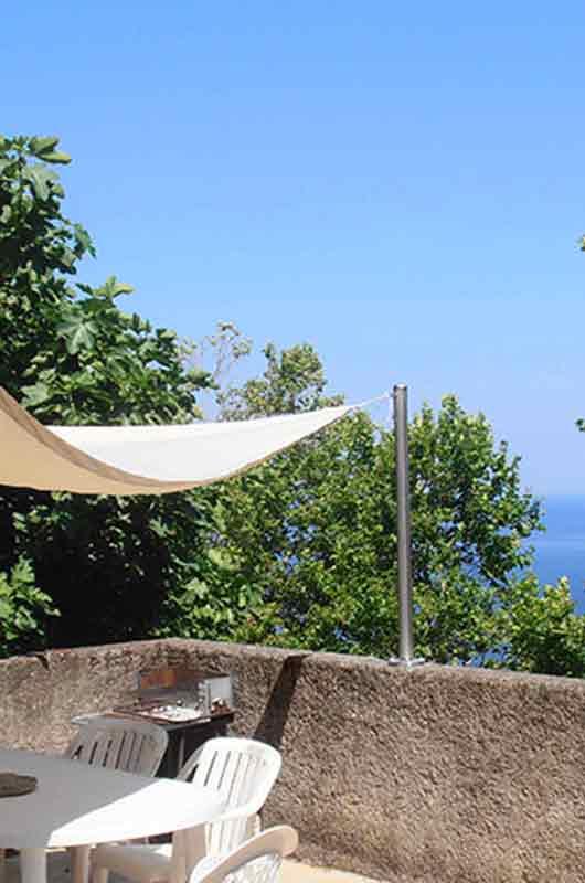 Maison, en plein cœur du village, 2 chambres, avec terrasse vue sur mer
