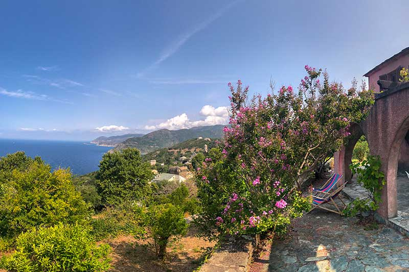Spacious house, 5 bedrooms, with beautiful sea views and large garden par Locations Cap Corse