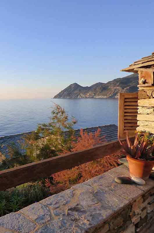 Situation exceptionnelle pour ce studio avec terrasse et vue mer inoubliable