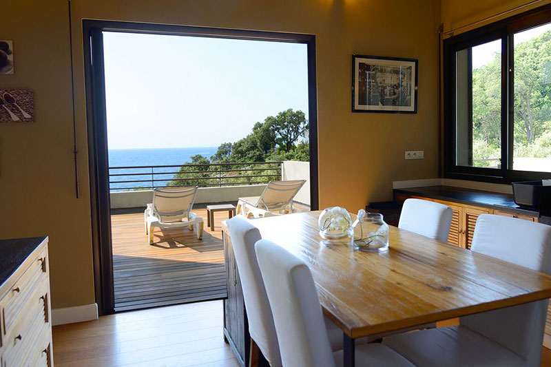 Beautiful villa, with heated pool, access to a private cove and exceptional sea views par Locations Cap Corse